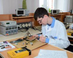 11.02.02 Техническое обслуживание и ремонт радиоэлектронной техники (по отраслям)